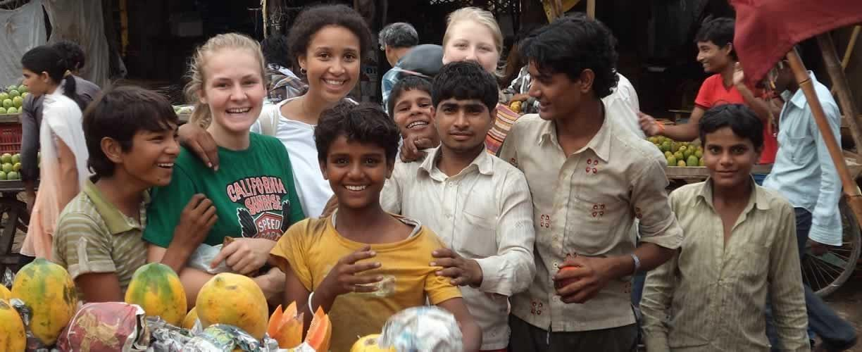 Volunteer Vacations in India with Globe Aware