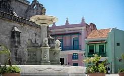 CUBA_Plaza_Francisco2