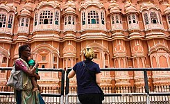 India_102610_Kimberly_Haley
