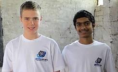 India_122512_Meg_Hauge_volunteers_in_Globe_Aware_t