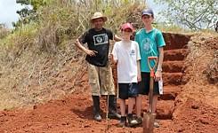 Children_making_a_stairway