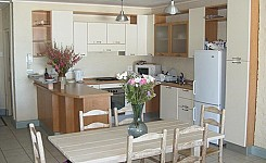 Dining_kitchen_8.jpeg